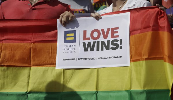 Texas Supreme Court blocks marriage benefits for married same-sex couples