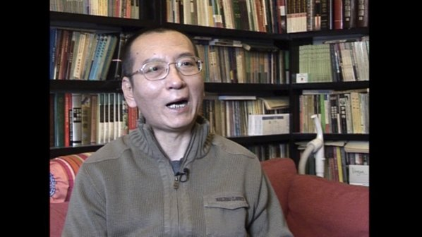 Western doctors say ailing Chinese Nobel laureate 'safe' to travel