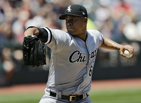 First pitcher off the board: Cubs acquire Jose Quintana