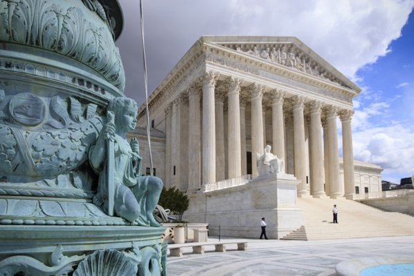 Supreme Court backs broad family definition in travel ban exemptions