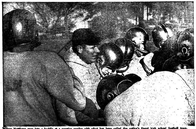 little-rock-central-high-schools-football-team-coached-by-wilson-matthews-center-was-12-0-in-1957-earning-a-share-of-the-mythical-high-school-national-title-despite-the-schools-campus-being-rocked-by-racial-turmoil