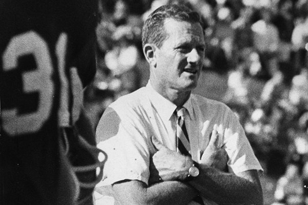Frank Broyles coached Arkansas to a national championship in 1964.