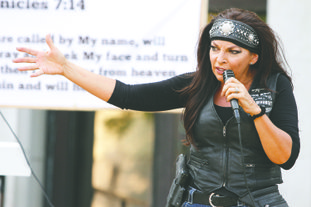 Gun rights advocate Jan Morgan speaks during a TEA Party of Union County Make America Great Again rally on the county square.
