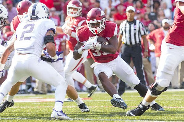 Late burst lifts No. 23 TCU over Arkansas, 28-7