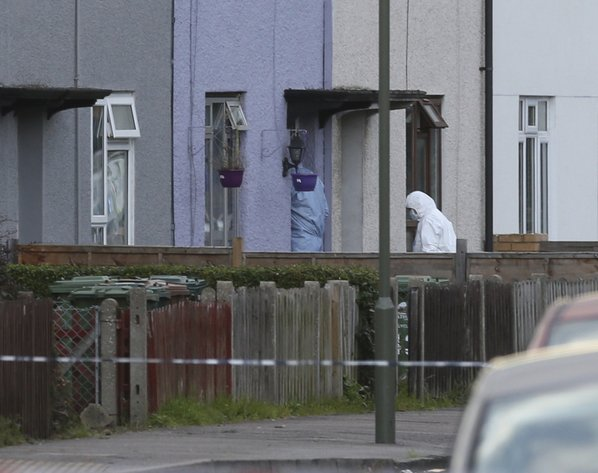 Suspects in London bombing lived together at foster home