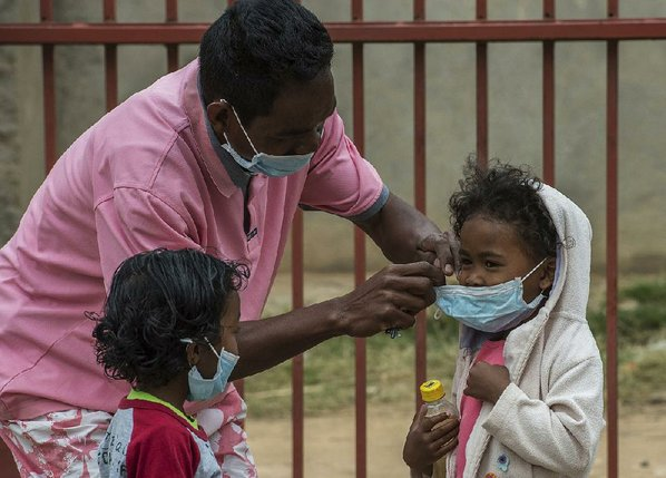Pneumonic, bubonic and septicemic plague hit Madagascar