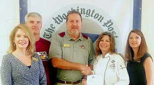Submitted photo ARTICULATION: Lake Hamilton High School recently agreed to an articulation agreement with University of Arkansas-Pulaski Technical College for students to be able to earn up to 15 hours of college credit by the time they graduate. Present for the agreement, from left, were assistant principals Lori Bush, Shane Aitken, Principal Frank Stapleton, Pulaski Tech Culinary Arts and Hospitality Management Institute Director and Amanda Porter, family and consumer sciences teacher.