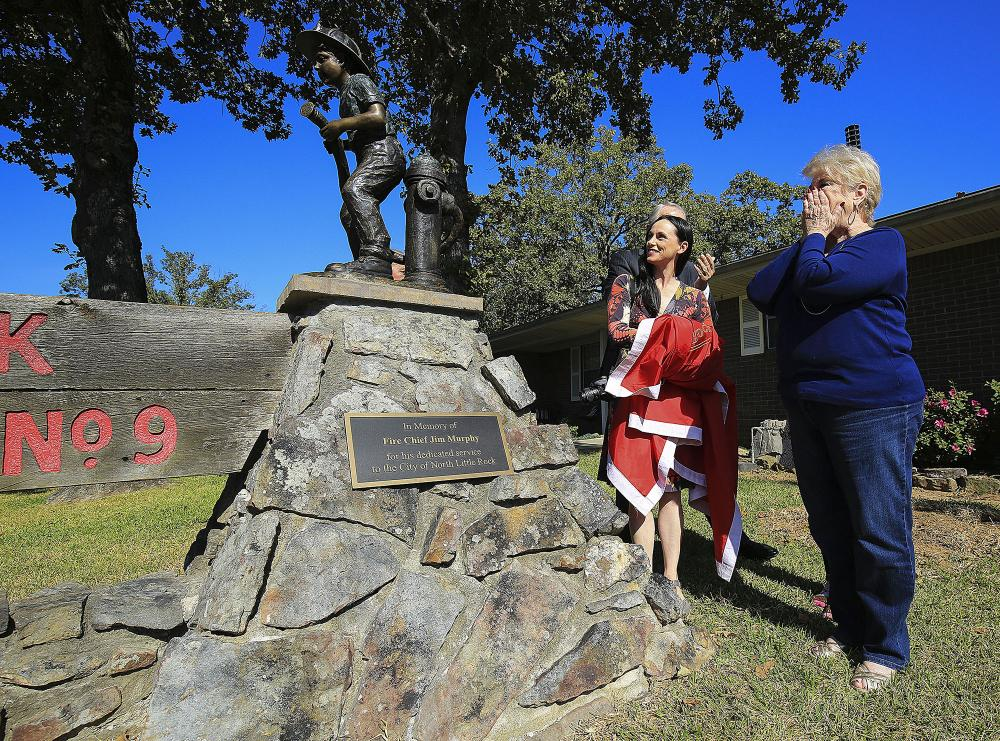 New North Little Rock statue honors ex-chief, city's firefighters