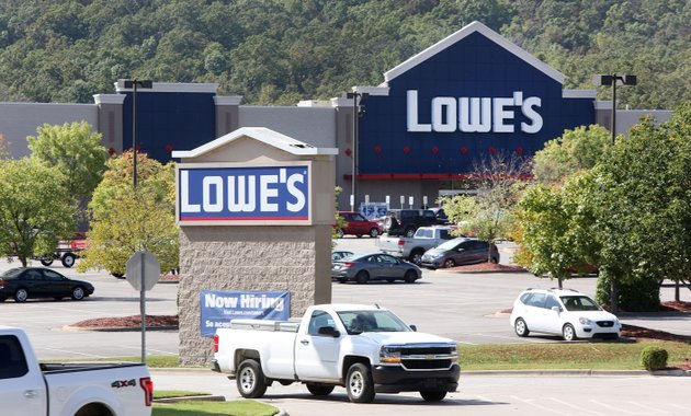 Washington county assessor raises alert on 39 dark store theory 39 for Lowe s fayetteville ar