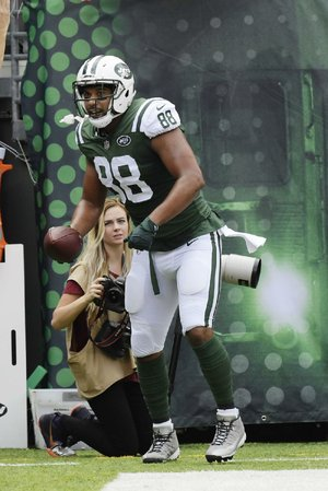 New York Jets tight end Austin Seferian-Jenkins thought he had scored a second touchdown on Sunday against