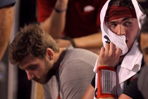 Grounded again: Competitive first half gives way to another lopsided loss for Hogs