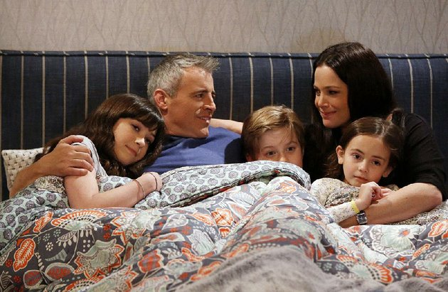 man-with-a-plan-stars-from-left-grace-kaufman-matt-leblanc-matthew-mccann-liza-snyder-and-hala-finley-the-comedy-returns-to-the-cbs-lineup-monday