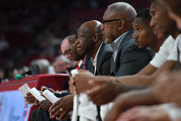 Arkansas coach Mike Anderson watches during the Razorbacks' game against Samford on Friday, Nov. 10, 2017, in Fayetteville.