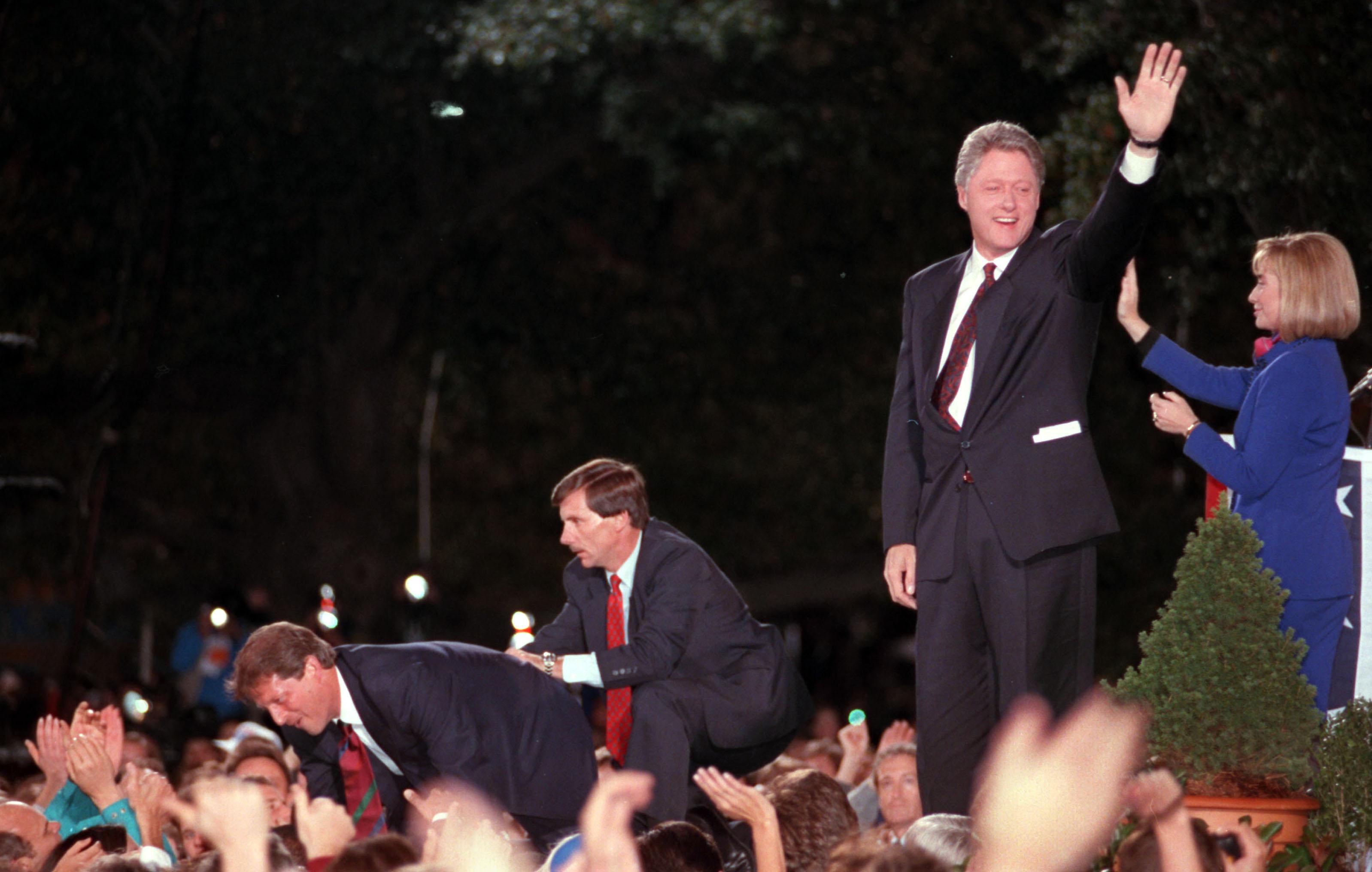 Arkansas Democrat-Gazette - 11/3/92 - President-elect Bill ...