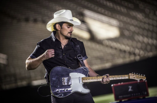 country-singer-brad-paisley