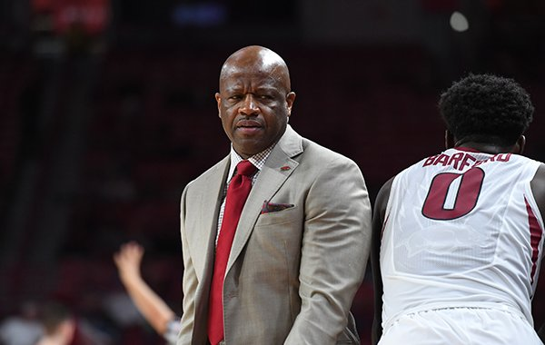 Arkansas coach Mike Anderson looks toward the bench during a game against Bucknell on Sunday, Nov. 12, 2017, in Fayetteville.