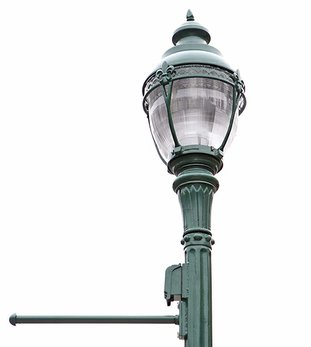 The Sentinel-Record/Richard Rasmussen HISTORIC-STYLE LIGHT: An historic-style street lamp has been installed on Park Avenue as part of a public-private partnership.