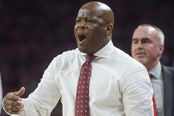 Arkansas coach Mike Anderson reacts to a call during a game against Fresno State on Friday, Nov. 17, 2017, in Fayetteville.