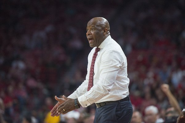 Mike Anderson coaches Arkansas in the second half against Fresno State Friday, Nov. 17, 2017, at Bud Walton Arena in Fayetteville.