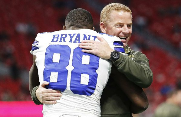 Credit AP  DAVID GOLDMAN				Coach Jason Garrett and the Dallas Cowboys have lost three consecutive games by an average margin of 23.3 points