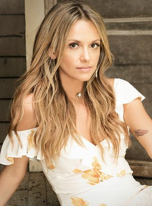 COURTESY PHOTO Carly Pearce will perform at the 50th annual White Christmas Charity Ball on Dec. 8 to benefit Mercy Health Foundation Fort Smith.