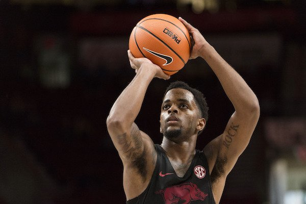 Arkansas guard Daryl Macon shoots a free throw during the second half in an NCAA college basketball game against Oklahoma during the Phil Knight Invitational Tournament, in Portland, Ore., Thursday, Nov. 23, 2017. (AP Photo/Troy Wayrynen)