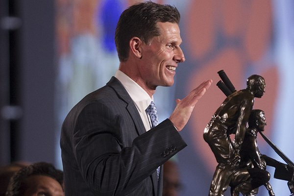 Clemson defensive coordinator Brent Venables speaks during the Broyles Award banquet Tuesday, Dec. 5, 2017, in Little Rock.