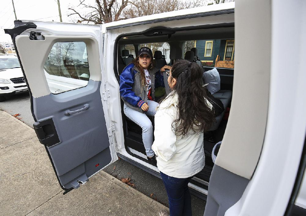 Van off to DACA rally; Arkansans to join D.C. crowd, push for bill