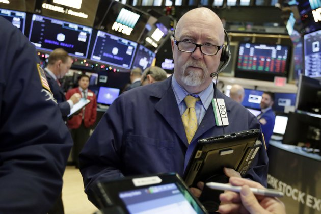 trader-john-doyle-works-on-the-floor-of-the-new-york-stock-exchange-wednesday-dec-6-2017-ap-photorichard-drew