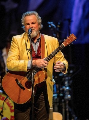 """Robert Earl Keen doesn't promise snow for Christmas, but he does promise fun. Currently in its sixth year, the """"REK Fam-OLee Back to the Country Jamboree"""" tour, based on his classic song """"Merry Christmas From the Family,"""" comes Dec. 13 to the Walton Arts Center in Fayetteville."""
