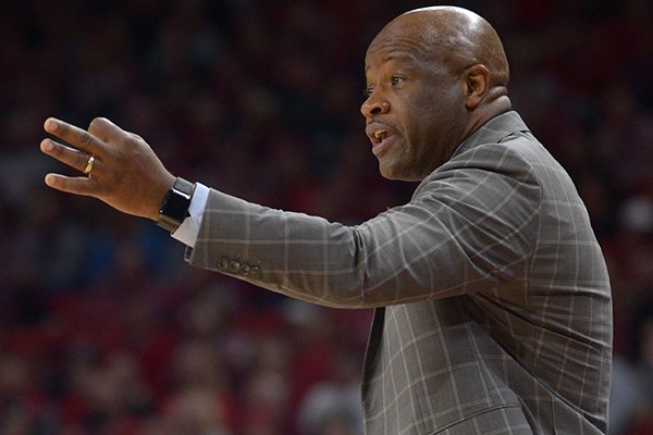 arkansas-coach-mike-anderson-directs-his-team-against-minnesota-saturday-dec-9-2017-during-the-second-half-in-bud-walton-arena