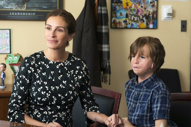 julia-roberts-stars-as-isabela-and-jacob-tremblay-is-auggie-in-the-lionsgate-film-wonder-it-came-in-third-at-last-weekends-box-office-and-made-about-85-million