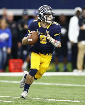 Highland Park quarterback John Stephen Jones (9) threw for more than 500 yards and led Highland Park to a