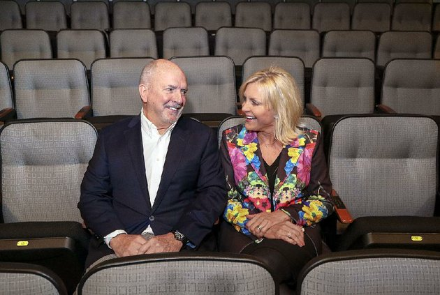 jack-harvey-and-jennifer-wilson-harvey-are-co-chairing-saints-and-sinners-the-arkansas-repertory-theatres-signature-event-the-couple-promises-good-food-and-drinks-and-great-entertainment-at-the-feb-3-fundraiser