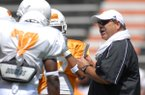 Tennessee defensive coordinator John Chavis talks to players during a scrimmage Saturday, Aug. 12, 2006, in Knoxville, Tenn.