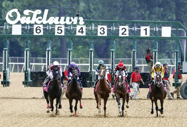 the-horses-are-raring-to-go-at-oaklawn-but-thoroughbred-racing-isnt-the-only-attraction-in-the-spa-city