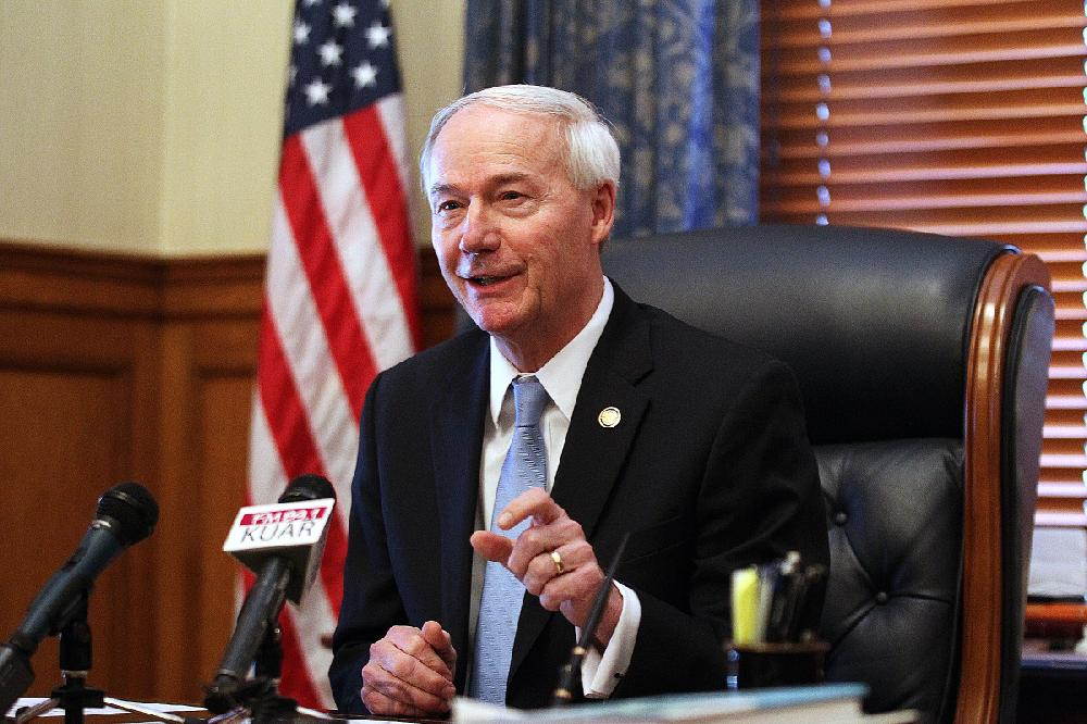 Arkansas governor: No plan to call special session to consider sales taxes on online purchases