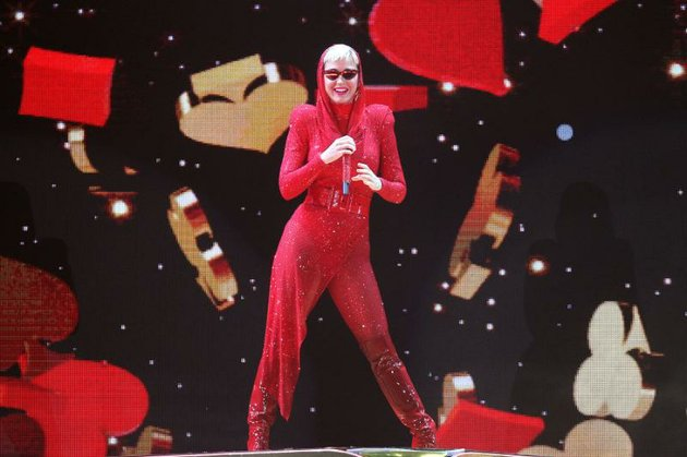 katy-perry-performs-friday-night-at-verizon-arena-in-north-little-rock