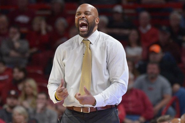 Missouri coach Cuonzo Martin yells during a game against Arkansas on Saturday, Jan. 13, 2018, in Fayetteville.