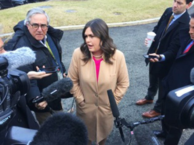 white-house-press-secretary-sarah-huckabee-sanders-blasts-democrats-on-tuesday-during-an-impromptu-question-and-answer-session-with-reporters-in-the-white-house-driveway-the-days-press-pool-reporters-including-one-from-the-democrat-gazette-were-able-to-witness-the-event