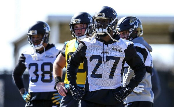 Leonard Fournette Involved in Minor Car Accident, Jaguars RB Unharmed