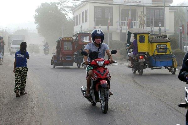 60000 evacuated in Philippines amid volcano eruptions