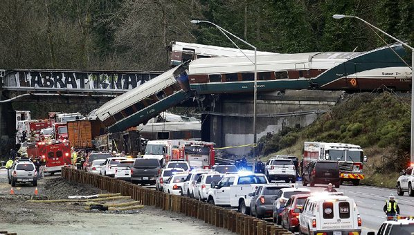 Amtrak Engineer Didn't See Speed Sign Before Deadly Derailment