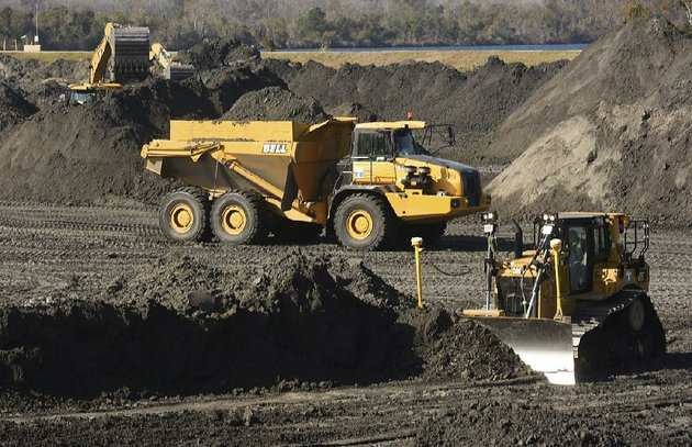 crews-with-duke-energy-continue-to-remove-ash-from-the-old-coal-ponds-at-the-sutton-plant-in-wilmington-nc-in-november