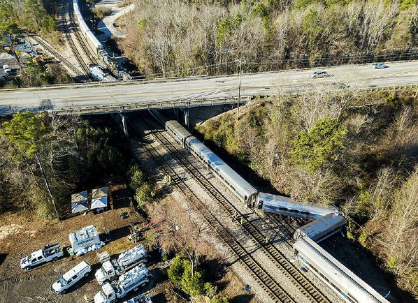 U.S. investigators say deadly Amtrak train crash preventable
