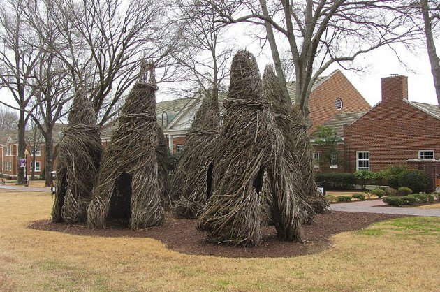 patrick-doughertys-large-scale-installation-the-big-naturals-stands-outside-baum-gallery-at-the-university-of-central-arkansas-in-conway