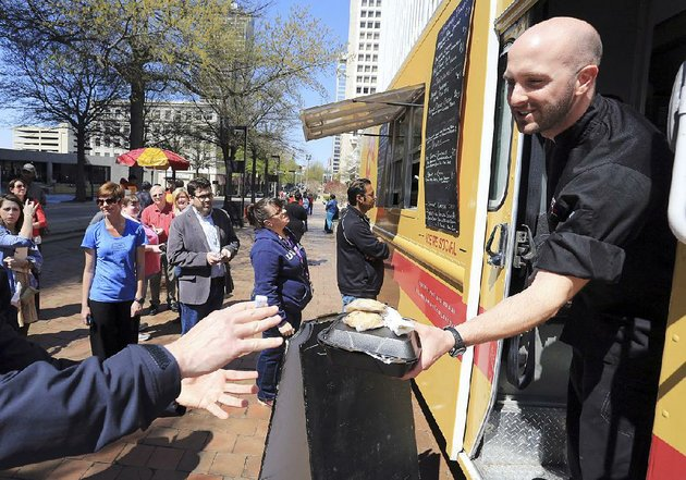 owner-chef-justin-patterson-confirms-southern-gourmasian-and-the-food-truck-that-was-its-original-basis-have-both-gone-under