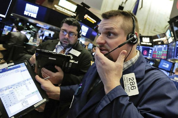 S&P 500, Dow confirm correction as stocks fall again