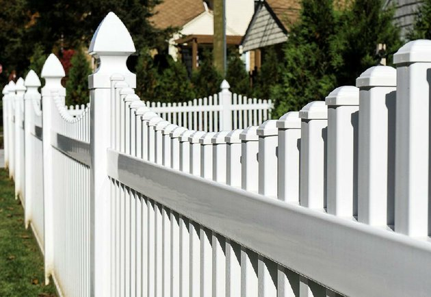 vinyl-fencing-is-rising-in-popularity-as-an-inexpensive-maintenance-free-alternative-to-wood