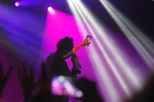Train front man Patrick Monahan performs before a crowd in the Murphy Arts District Griffin Music Hall during MusicFest XXX and the district's grand opening in El Dorado on Sept. 28, 2017.